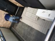 ベランダの防水シート洗浄1